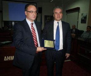 Θεσπρωτία: Τιμήθηκε ο Φιλιατιώτης γιατρός Μηνάς Πασχόπουλος στους Φιλιάτες (+ΦΩΤΟ)
