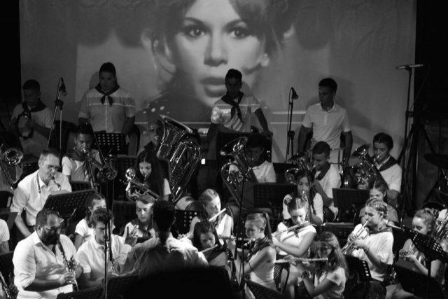 Θεσπρωτία: Υπέροχες μελωδίες από την Φιλαρμονική του Δήμου Φιλιατιών-Οι 50 μουσικοί και ο αρχιμουσικός Κ.Δελλής καθήλωσαν τους θεατές
