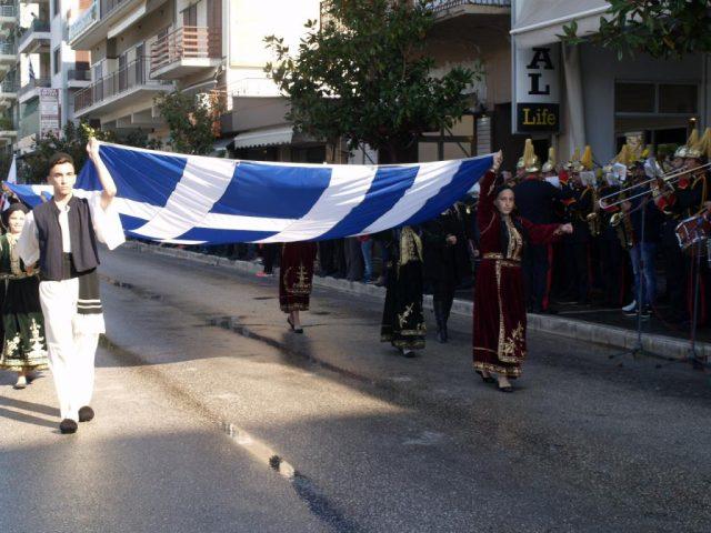 Θεσπρωτία: Με λαμπρότητα γιορτάστηκε και φέτος η 28η Οκτωβρίου στην Ηγουμενίτσα (+ΦΩΤΟ)