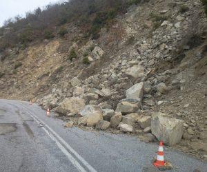 Θεσπρωτία: Κλειστός ο δρόμος Βασιλικό-Καρτέρι λόγω κατολισθήσεων