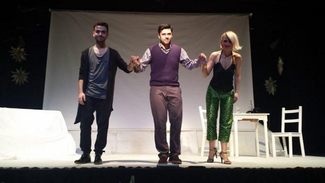Ήγουμενίτσα: Παρουσιάστηκε η υπαρξιακή νεανική κωμωδία του Θεάτρου Έκφραση «Θοδωρής ετών 33 μχ» στην Ηγουμενίτσα (+ΦΩΤΟ)