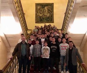 Ήγουμενίτσα: Μαθητές και μαθήτριες από 3ο Γυμνάσιο Ηγουμενίτσας υποδέχθηκε στη Βουλή ο Μάριος Κάτσης