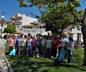 Θεσπρωτία: Let΄s do it Greece 2018: Καθαρισμός δρόμων και πλατειών από μαθητές στους Φιλιάτες